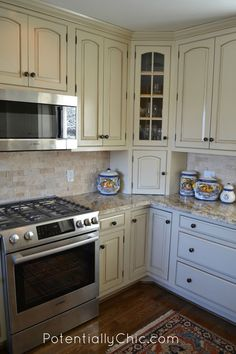 Lighter and Brighter Kitchen in Linen Milk Paint and Van Dyke Brown Glaze Effects | General Finishes Design Center