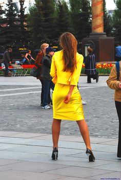The beauty and classic elegance of women's fashion. Tight Dresses, Nice Dresses, Private Parts, Blazer Fashion, Classic Elegance, Skirt Suit, Tights, Sleep Tight, Suits
