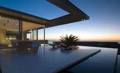 First Crescent Stunning Vacation House in South Africa | HomeDSGN, a daily source for inspiration and fresh ideas on interior design and home decoration.