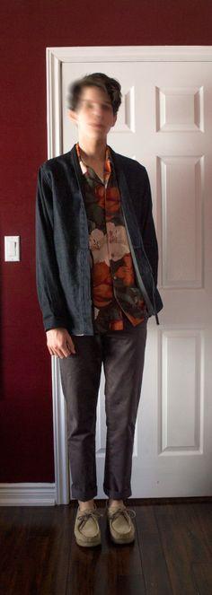 chashew is wearing: Naked & Famous kimono shirt, Thrift, Joe Fresh, Clark's Wallabees.