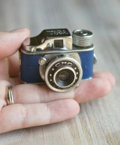 Vintage CMC Subminiature Camera Blue Hit-Type by ThePerfectLight Old Cameras, Vintage Cameras, Model Poses Photography, Street Photography, Folding Camera, Classic Camera, Box Camera, Best Digital Camera, Love Photos