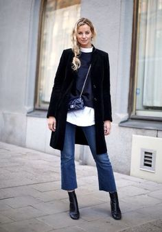 Frauen Outfits 20 cool winter outfits with quick denims Look Fashion, Fashion Outfits, Womens Fashion, Fall Fashion, Retro Fashion, Feminine Fashion, Fashion Mode, Jeans Fashion, Kawaii Fashion