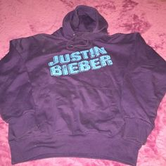 Justin Bieber Hoodie For all you Bieber Lovers here's a great purple hoodie in awesome condition! SUN Tops Sweatshirts & Hoodies