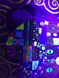 Das Tickymind Museum und ganz viel Schwarzlicht - Happyface313 Klimt, Monet, Museum, Neon Signs, War Paint, Silly Pictures, Black Lights, Impressionism, Dragons