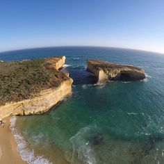 London Bridge #visit12apostles #portcampbell Captured with #3drsolo at 12 Apostles Melbourne Australia#melbournecity #12apostles #portcampbell #dronephotos #drone #dronephotography  #aerialphotos #3drsolo #fly3dr #dronelife  #goprohero4 #fly3dr by sebasti