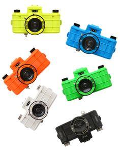 Plastic-camera Sprocket Rocket A great panorama camera