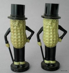 Vintage Planters Nuts MR PEANUT Salt & Pepper Shaker Set