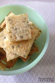 Odskouseno. Moc dobre. Vyvalet mezi dvema papiry, rovnomerne a na tenko! Homemade Sour Cream and Onion Crackers Recipe with Pictures