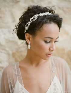 Bridal Accessory Available for a Limited Time at Ella Park Bridal | Newburgh, IN | 812.853.1800 | Bel Aire Bridal - Style 6632