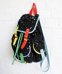 LAZY OAF, SPACE PACK: puns in their product description! gotta support that. #lazy_oaf #carry