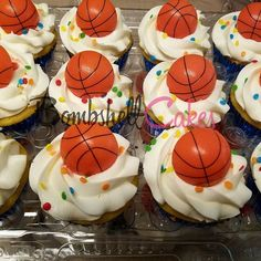 Basketball cupcakes #basketball #cupcakes #bombshellcakes #customcakes #cakes #cakeart #love #smile #atlantacakes #atlcakes #cakeart #yum #cakesinatl #cakesinga #cakesingeorgia #kidcakes #babyshowers #haveagoodday #atlbaker #nba #buttercream #sprinkles #fondant #cakelife