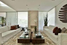 Pupogaspar Arquitetura projetada em 2010 esta residência contemporânea incrível localizada em Valinhos.