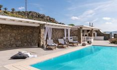 Villas in Mykonos : All villas, suites and 5 star hotel suites in Mykonos included in our portfolio are professionally inspected to make sure all our standards are met. Mykonos Hotels, Mykonos Town, Mykonos Greece, Super Paradise Beach, Resort Villa, Beautiful Villas, Hotel Suites, Luxury Holidays, Private Pool