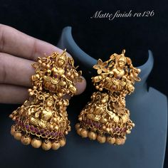 Lakshmi statement jhumka earrings, Temple jewelry regal jhumki, pearl and kemp stone south indian jewelry - Lynne Seawell's World Gold Jhumka Earrings, Jewelry Design Earrings, Gold Earrings Designs, Gold Jewellery Design, Ear Jewelry, Wedding Jewelry, Indian Earrings, Handmade Jewellery, Earrings Handmade