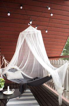 kesähuone | hajottamo Rustic Cottage, Outdoor Furniture, Outdoor Decor, Rustic Decor, Outdoor Living, Sweet Home, Relax, Terrace Ideas, Balcony Ideas