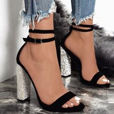 Black Round Toe Chunky Rhinestone Fashion Ankle Strap Sparkly Prom High-Heeled Sandals 35 Ideas for fashion winter classy high heels Just For Fun! High Heels For Prom, Black High Heels, Womens High Heels, Shoes For Prom, Black Toe, Cute Black Heels, Homecoming Shoes, Formal Heels, Short Heels
