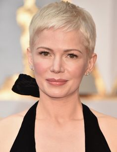 Michelle Williams' pixie cut at the 2017 Academy Awards reminds me of Mia Farrow #