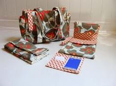 handmade diaper bags - Google Search Gift Wrapping, Diaper Bags, Trending Outfits, Unique Jewelry, Handmade Gifts, Cute, Diy, Google Search, Gift Wrapping Paper