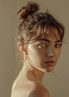 Amelia zadro aesthetic people, photo artistique, drawing reference, photo r Face Reference, Photo Reference, Drawing Reference, Fotografie Hacks, Amelia Zadro, Photographie Portrait Inspiration, Photo Portrait, Portrait Art, Girl Portraits