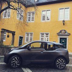 Die #ADG freut sich über das neue Elektrofahrzeug das ab sofort den Dienstwagenpool erweitert  Wir wünschen allzeit gute Fahrt  #schlossmontabaur #emobilität #bmwi3 #gogreen #nachhaltigkeit #elektroauto #montabaur #westerwald #instagood #photooftheday