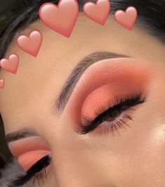 Image discovered by ♡ elly ♡. Find images and videos about beauty, make up and eye on We Heart It - the app to get lost in what you love. Makeup Eye Looks, Eye Makeup Art, Cute Makeup, Skin Makeup, Eyeshadow Makeup, Easy Makeup, Eyeshadows, Cut Crease Makeup, Clown Makeup