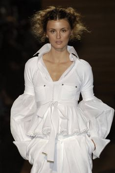 Gianfranco Ferré Spring 2006 - gorgeous white shirt