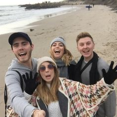 Zalfie,Poppy and Shawn rule!!! They're all so cool