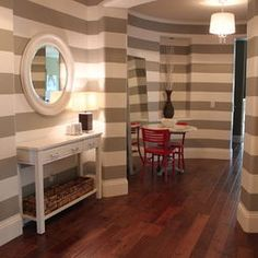 Fun Walls and table/mirror set-up