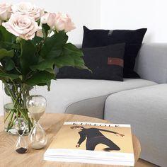 #bruunmunch #PLAYround #danish #design #scandinavian #producedindenmark #style #craftmanship #interiordesign #madeindenmark #coffeetable #sidetable #table #nordic #newnordic #nordicdesign #interiordesign #interior #home #wood #woodfurniture #oak #homedecor #decor #inspiration #nordicdesign #wood #furniture #woodfurniture #laminate #roses #pinkroses #hourglass