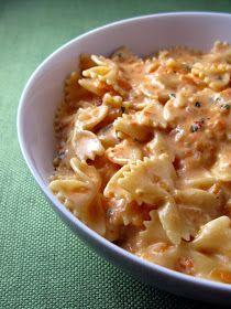 Kitchen Trial and Error: creamy tomato pasta