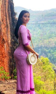 Best 11 Bubble nice 💋 – Page 385339311866925264 Beautiful Hijab, Beautiful Asian Women, Beautiful Indian Actress, Burmese Girls, Myanmar Women, Curvy Women Fashion, Sexy Asian Girls, Indian Beauty, Beauty Women