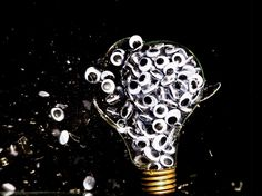 Jon Smith fills incandescent light bulbs with objects, liquids and other substances and creates explosions which he then captures using high-speed photogra Photography Projects, Creative Photography, Amazing Photography, Art Photography, High Speed Photography, Creative People, Objects, The Incredibles, Painting
