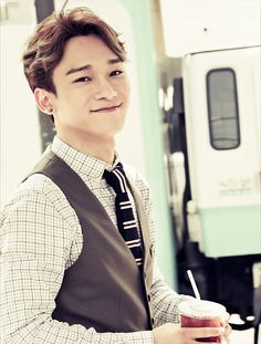 Chen for MCM and EXO's Collaboration, Autumn-Winter Lookbook 2014 (Behind the scenes of Marie Claire's photoshoot, October 2014 Issue)