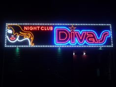 Rotulo leds vistos progresivos night club divas en barcelona
