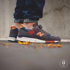 """New Balance M 998 DBR"" | Now Live @afewstore | @newbalance @newbalance_gallery #newbalance #998 #madeinusa #solecollector #kicksonfire #sneakercollection #sneakerheads #sneaker #womft #sneakersmag #wdywt #sneakerfreaker #sneakersaddict #shoeporn #nicekicks #complexkicks #igsneakercommunity #walklikeus #peepmysneaks #igsneakers #kicksology #smyfh #kickstagram #trustedkicks #solenation #todayskicks #kotd"