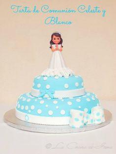 Tarta de Comunión Celeste y Blanco / Communion cake in white and light blue for a girl