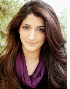 Another Pakistani Actress Mawra Hocane To Make Bollywood Debut!