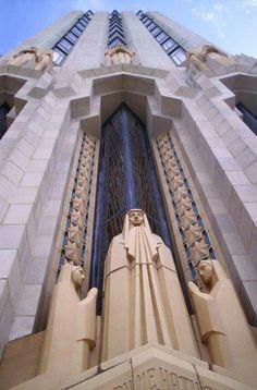 ❤ - The Art Deco Boston Avenue Methodist Church Cathedral Effect Architecture Antique, Art And Architecture, Architecture Details, Art Deco Home, Art Deco Era, Art Nouveau, Streamline Moderne, Art Deco Buildings, Art Deco Posters