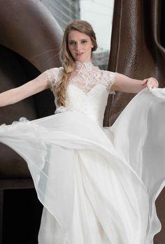 Robe de mariée, dentelle de Calais et mousseline