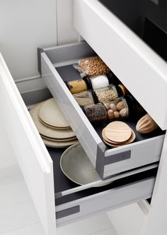 Double drawers - smart storage
