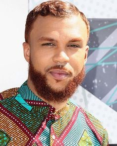 Red beard and African prints: YES @jidenna, come through.  #betawards…