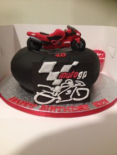 Bikers cake Bikers, Birthday Cakes, Desserts, Food, Meal, Anniversary Cakes, Deserts, Essen, Hoods