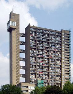 Trellick Tower, North Kensington, Royal Borough of Kensington and Chelsea, London, England, 1972.  Ernő Goldfinger