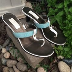 LISTING- Blue Gucci Sandals Reposh. Just didn't fit. Please see all pics for wear. Ask all questions before purchase! ADDITIONAL LISTING CREATED FOR MORE PICS. Gucci Shoes Sandals