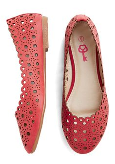 Garden Path to Success Flat in Rose | Mod Retro Vintage Flats | ModCloth.com