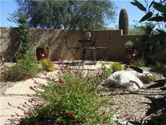 Image from http://images.landscapingnetwork.com/pictures/images/500x500Max/patio_2/small-patio-desert-patio-casa-serena-landscape-designs-llc_2823.jpg.
