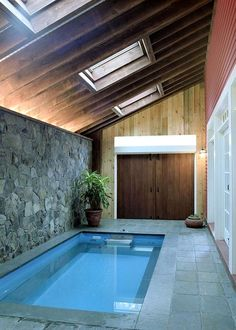 28 Cheap And Lovely Ideas For Indoor Swimming Pool Ideas. There are many design ideas that can be incorporated into an indoor swimming pool that not only add beauty but Small Swimming Pools, Small Pools, Swimming Pool Designs, Lap Pools, Small Indoor Pool, Indoor Pools, Backyard Pools, Jacuzzi, Glass Pool