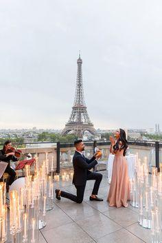 Proposal Photos, Romantic Proposal, Perfect Proposal, Romantic Weddings, Proposal Ideas, Surprise Proposal Pictures, Small Weddings, Wedding Photography Poses, Wedding Poses