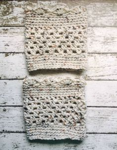 Aran Fleck Boot Cuffs Beige Legwarmers Chunky Socks Short Calf Warmers Crochet Handmade in USA