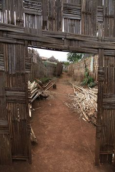 The Dorze tribe are renowned for a rich weaving tradition, be it cotton, bamboo and other natural fibres and materials. The village is located in the highlands above Arba Minch. Ethiopia.       Click on the pic above for more details.  http://www.ethnicbeautysupplies.com